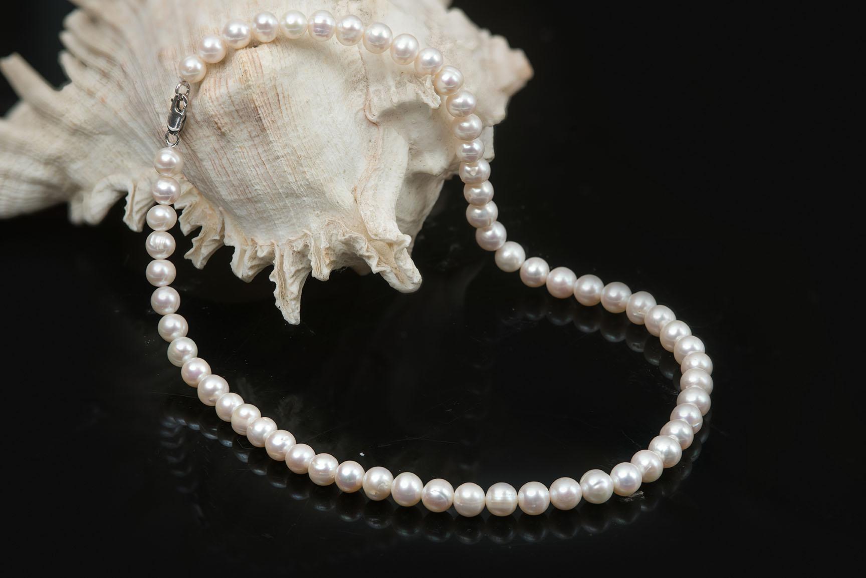 white pearl strand chuỗi ngọc trai trắng cổ điển