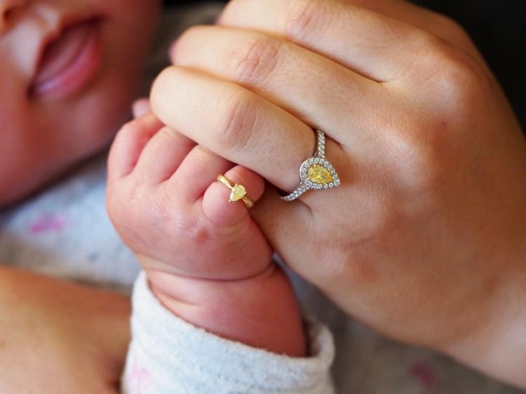 婚約指輪とベビーリング