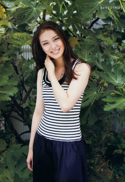 Hd Wallpaper Korean Cute Girl Emi Takei Japanese Actress Magazine Photos 2 Saikodaily