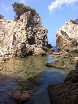 Mallorca catamaran day trip coastline