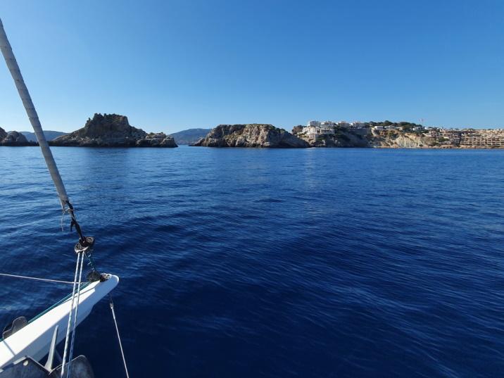 Mallorca catamaran trips - sail go catamaran - illes de Malgrats sailing trip