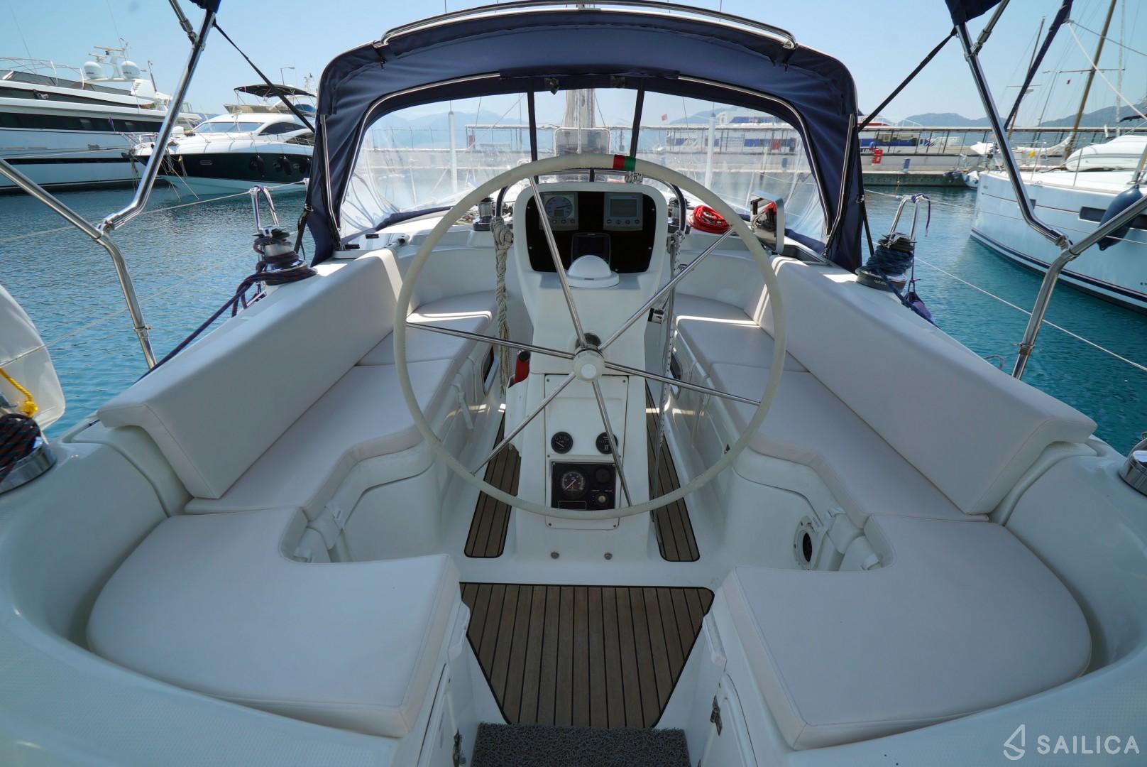 bosun chair rental covers and bows ltd bavaria 42 for rent in marmaris aegean sea