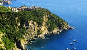 corniglia-cinque-terre-sailing-holidays-cruise-860