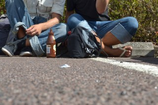 Wir trinken Oettinger in Darwin