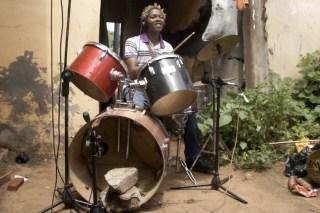 Drums: Orlando Timóteo Dambujo (Mosambik)