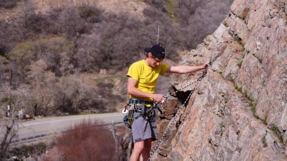 Der Berg ruft - Trotz verstauchtem Finger muss er wieder an die Wand