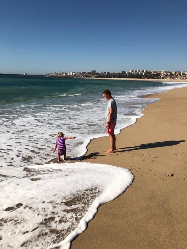 Zeilen varen wereld rond spaanse ria's portugal spanje avontuur kinderen eiland leven aan boord vissen douro porto marina strand