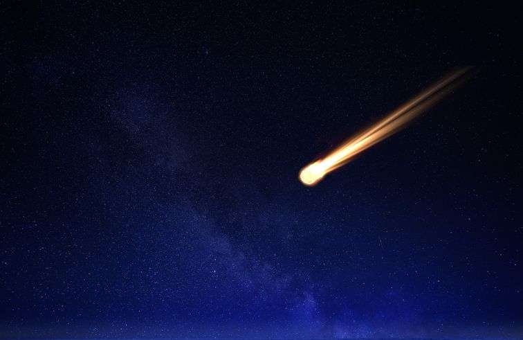Meteor in the night sky