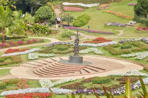 Doi Tung Mae Fah Luang Botanical Gardens