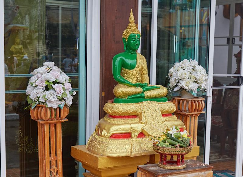 Wat Chedi Luang Emerald Buddha Replica