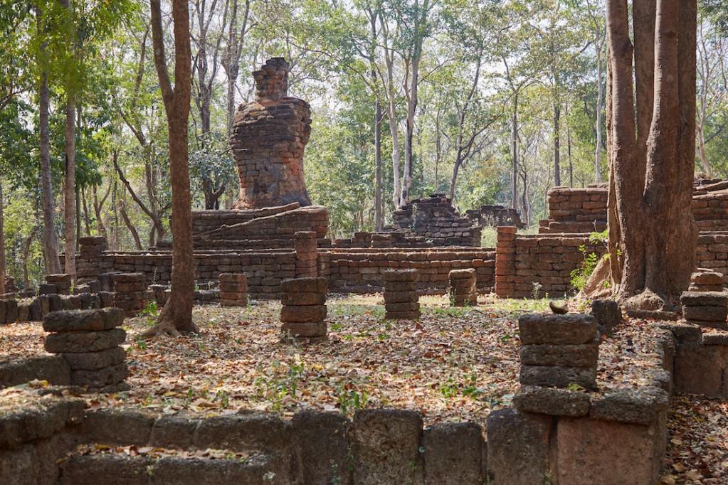 Wat Tao Mor