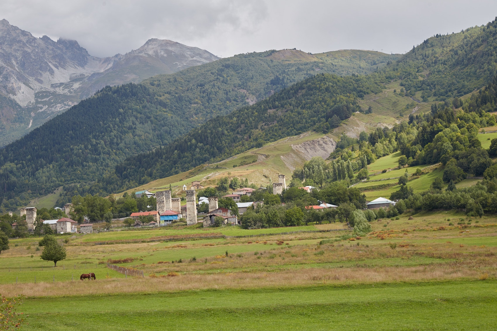 Trekking from Mestia to Ushguli Zhabeshi
