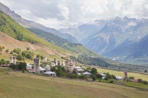 Trekking from Mestia to Ushguli Zhabeshi