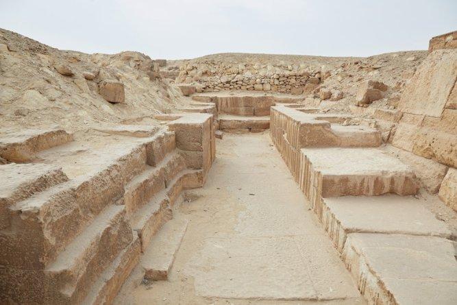 Wastern Cemetery Giza