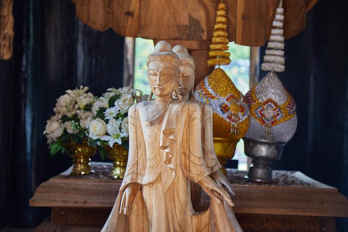 Thawan Duchanee Buddhas