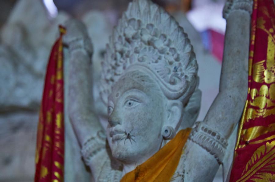 Goa Giri Putri Goddess Statue