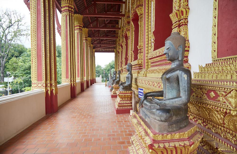 Haw Phra Kaew Statues