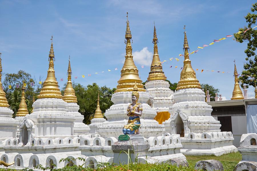 Wat Chedi Sao Lang Lampang