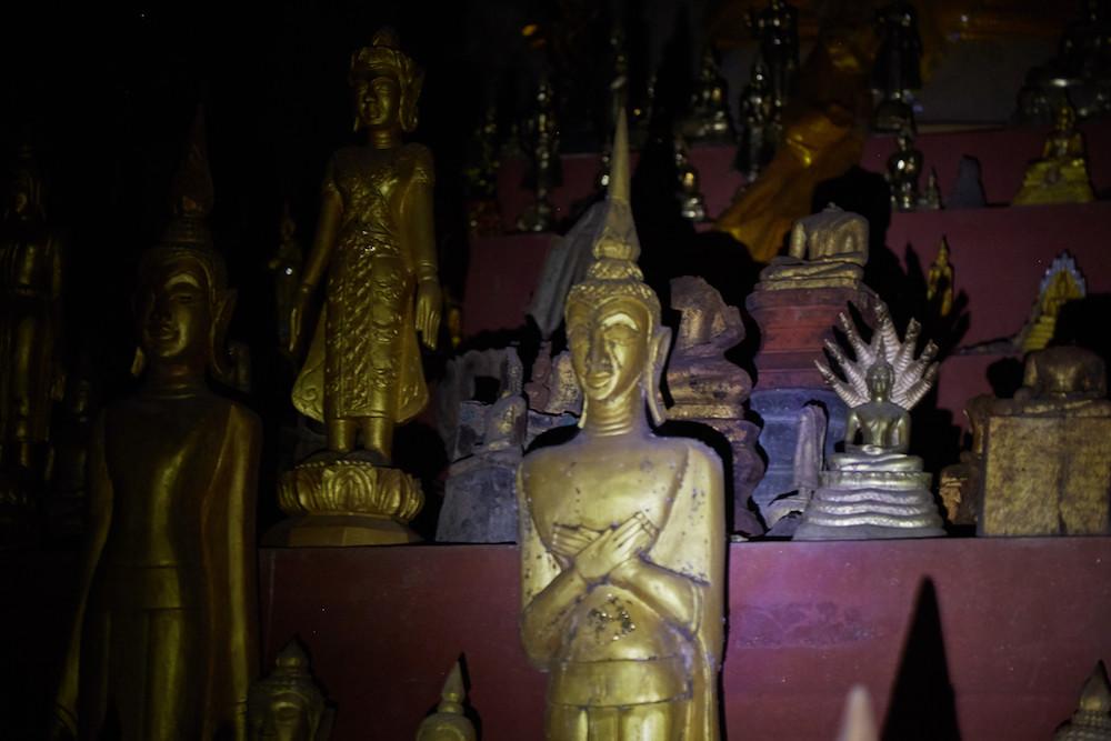 Tham Theun Cave Buddhas