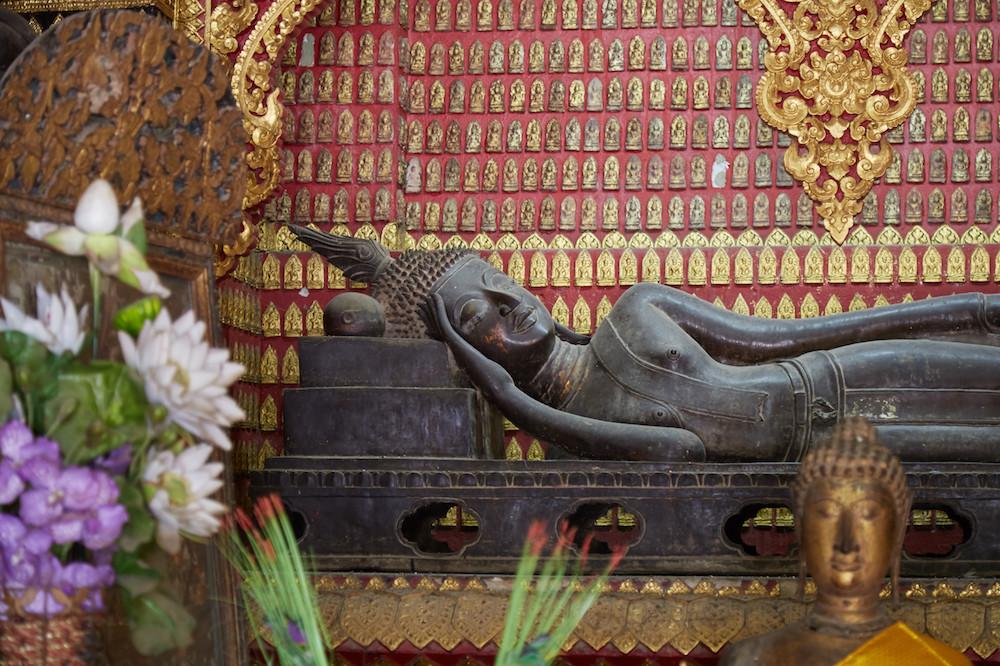 Wat Xieng Thong Reclining Buddha