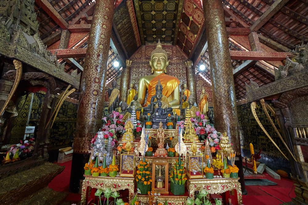 Wat Xiengthong Main Altar