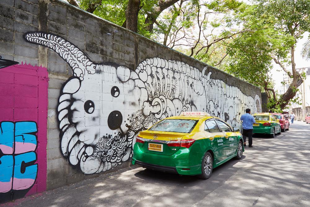 Charoen Krun Soi 32 White Mural