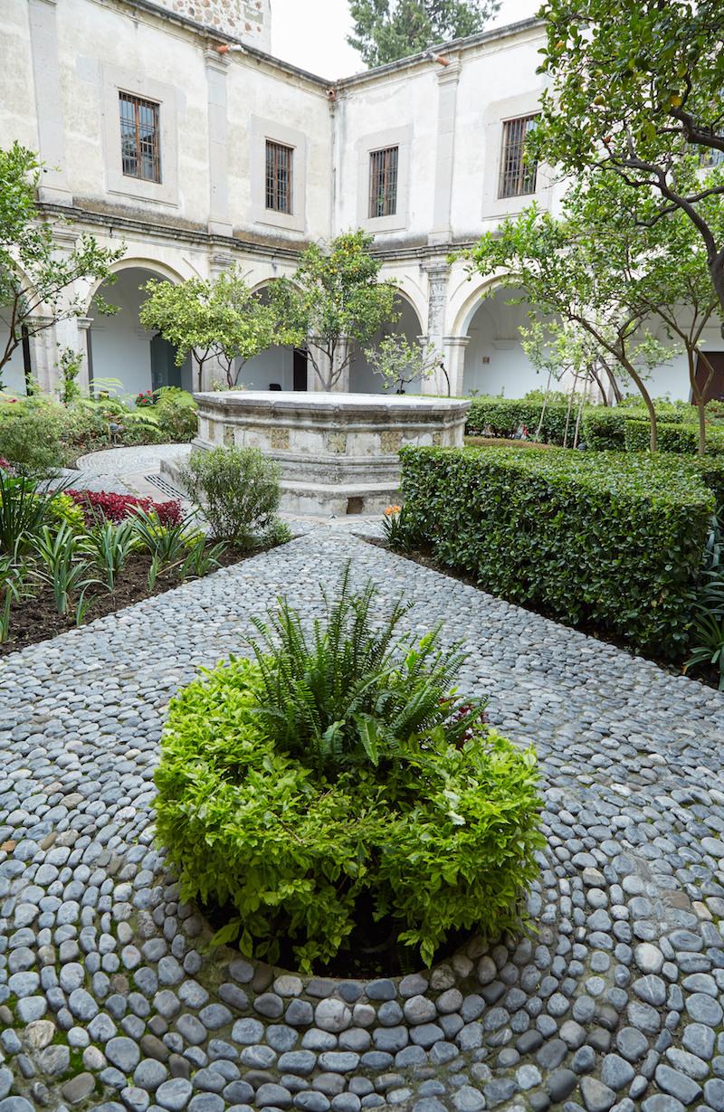 Museo Nacional del Virreinato Courtyard