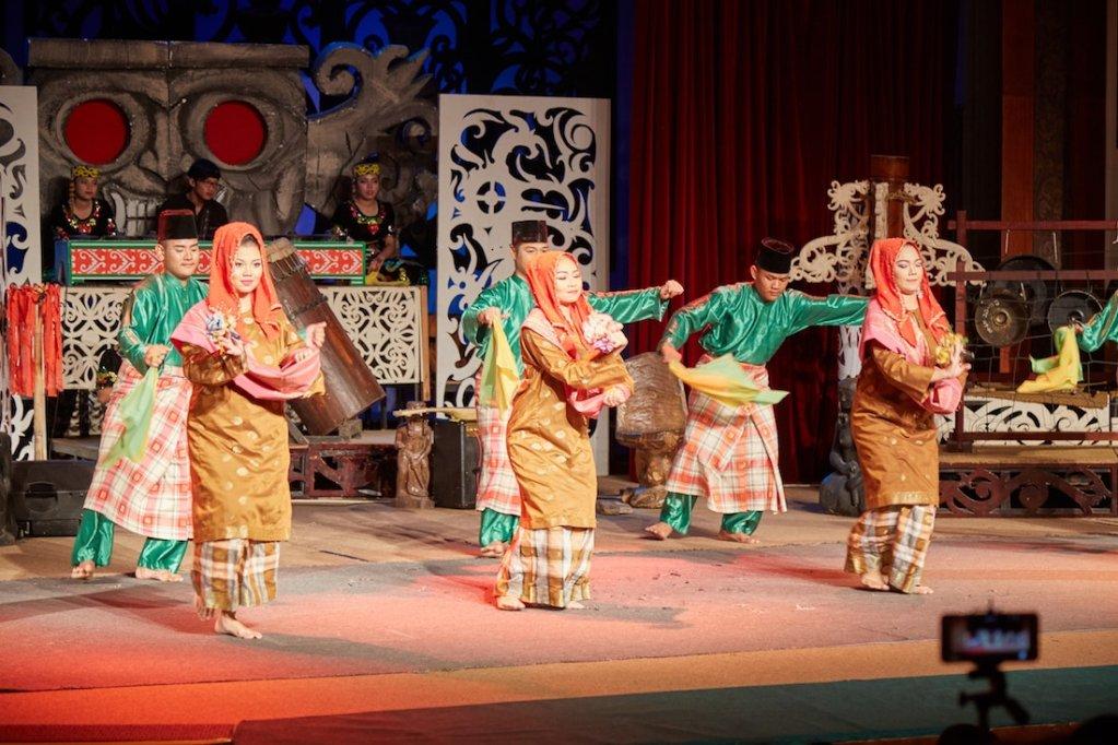 Sarawak Cultural Village Dance Performance