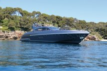 Luxury Boat Rentals Antibes Fr Ocean Line Mangusta Mega