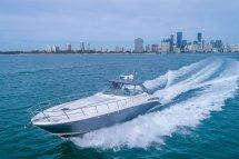Sea Ray Cruiser 5681 Luxury Motor Boat Rental North Bay