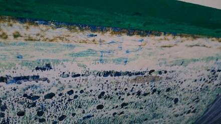 De haut en bas : ligne de flottaison, gelcoat presque bon, gelcoat plein de trous