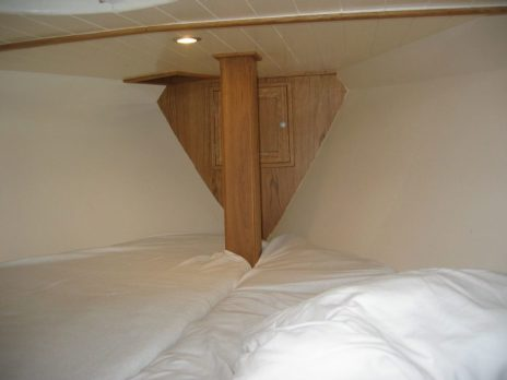 Front cabin after