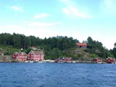 Typical Norwegian houses along the way