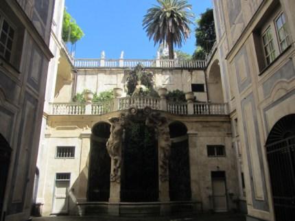 Genua palace wealth