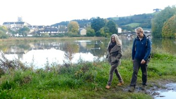 Polly and Floris along the river Dart