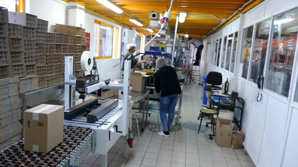 Filling the bottles at Mani Bläuel