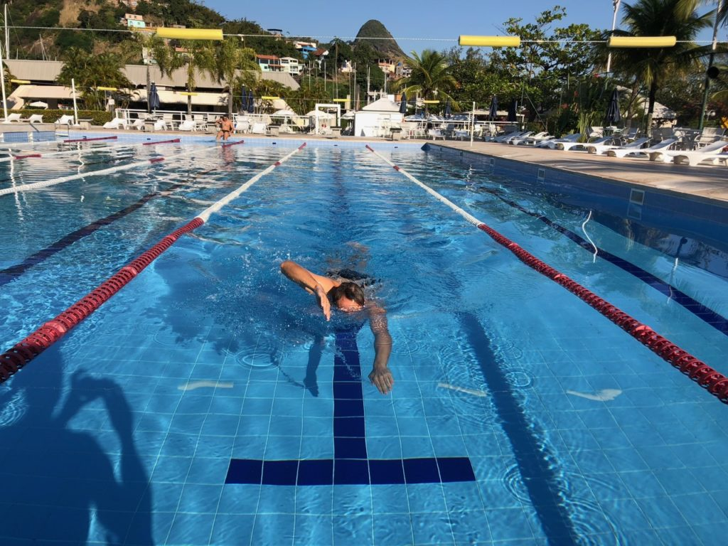 Floris testing the pool at Niteroi Yacht Club