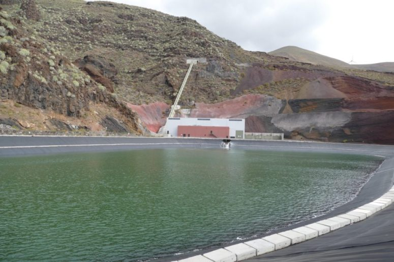 The lower water reservoir and the turbine house