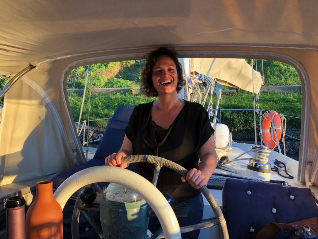 Leontine takes the wheel