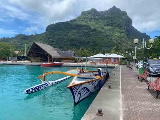 Tourist boat classic style