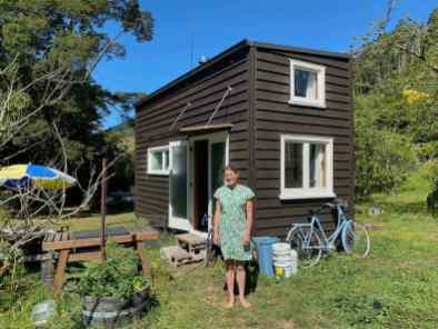 Eva and her tiny house