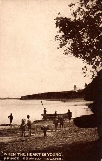 Warren Cove with Front Range Light on right. Photo by W.S. Louson from Warwick & Rutter postcard ca. 1907. Trout Point visible on left.
