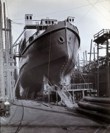 Bow showi ng location of bow propeller. Platform for launch officials is in place. Photo: Tyne & Wear Archives & Museums #467296