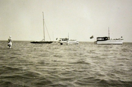 Roamer and Restless (background). probably at Holland Cove, with Zenith. Restless can be distinguished by her four ports as oppsed to Roamer's three. (thanks to Glenn MacLeod for this info.)
