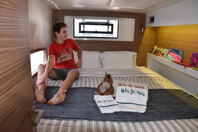 Gavin helped Donkey make up Lindsay's bed
