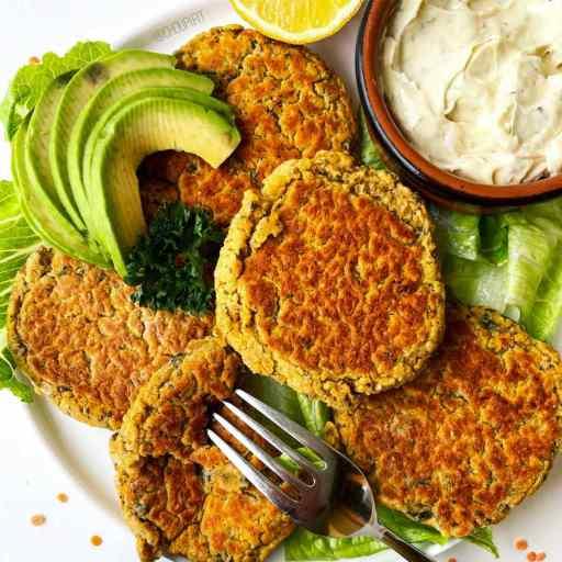 recette healthy et vegan de galettes végétales à base de lentilles corail sans oeufs