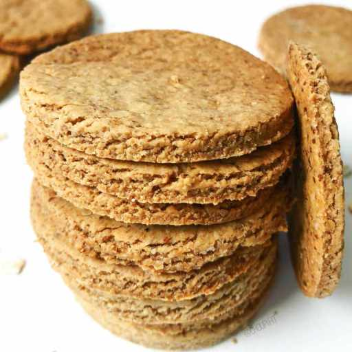 recette healthy et vegan de biscuits salés à l'avoine sans beurre avec huile d'olive et farine d'avoine