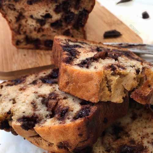 Gâteau healthy à la compote de pomme et pépites de chocolat sans sucre ajouté