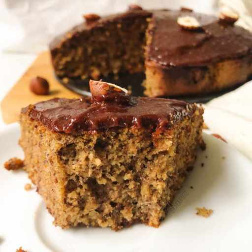 recette healthy de gâteau à la poudre de noisettes sans gluten, sans beurre et sans sucre raffiné