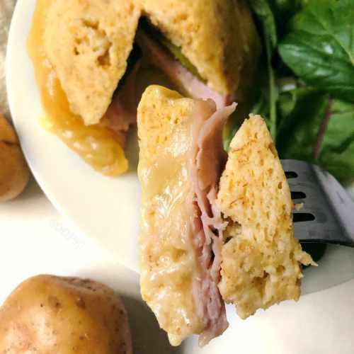 Bowlcake healthy salé «raclette» au jambon et fromage